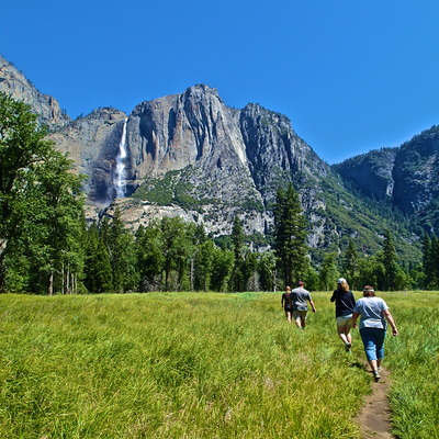 Summer hiking tours in Yosemite